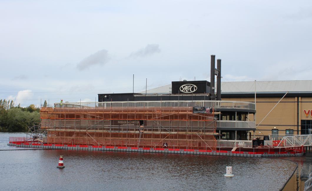 Paddle steamer renovation