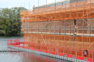 Floating work platform for paddle steamer renovation